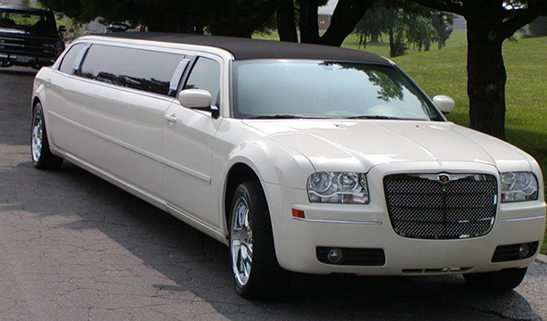 Chrysler Tux Limo